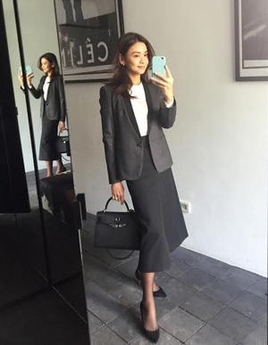 滝沢眞規子さん2016年卒業式ファッション01