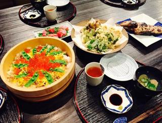 雛祭り ちらし寿司と天ぷら