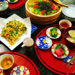 滝沢眞規子さん ひな祭りの日のおウチご飯とひな人形のディスプレイ