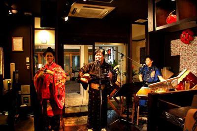 国際通り 民謡ライブ 「二幸」
