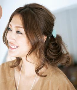 40代のまとめ髪ミディアム編03