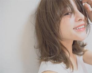 田中亜希子さんのヘアアレンジが素敵 01