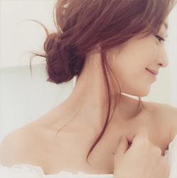 神崎恵さんゆるふわまとめ髪01
