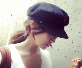 神崎さん・帽子のときのまとめ髪02