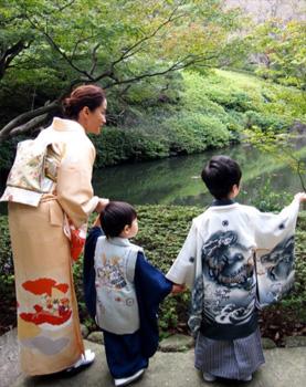七五三母親の服装「ママタレント編」02
