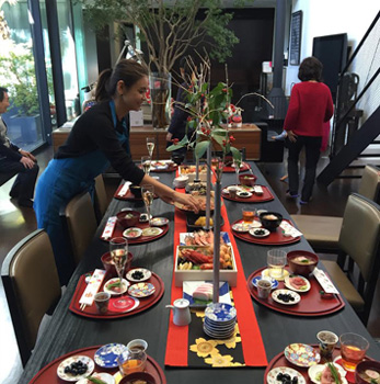 滝沢眞規子さんのお正月のテーブル01