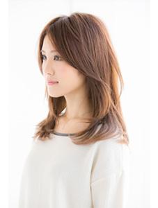 40代の髪型・ヘアカタログ「ロング」No.3(2017)