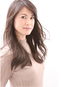 40代の髪型・ヘアカタログ「ロング」No.5(2017)