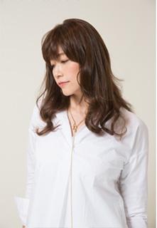 40代の髪型・ヘアカタログ「ロング」No.12(2017)