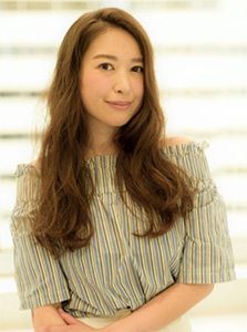 40代の髪型・ヘアカタログ「ロング」No.13(2017)