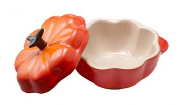 ハロウィンにかぼちゃのテーブルウェア「ル・クルーゼ ココット」