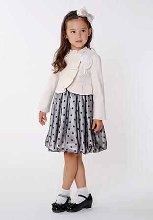 入学式スーツ女の子のブランド「組曲キッズ」2