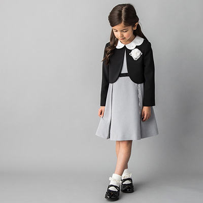 入学式スーツ女の子のブランド「プチマイン」1