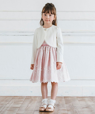 入学式スーツ女の子のブランド「TOCCA」2