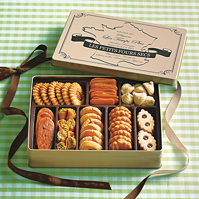 缶入りクッキー「レタンプリュス」
