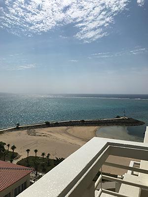 シェラトン沖縄バルコニーからの眺め