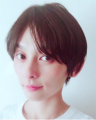 40代モデルのヘアスタイル「石川亜沙美」さん」