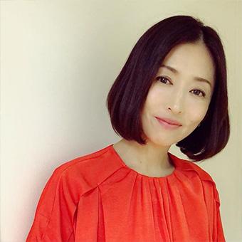 40代女優の髪型「松雪泰子さん」01