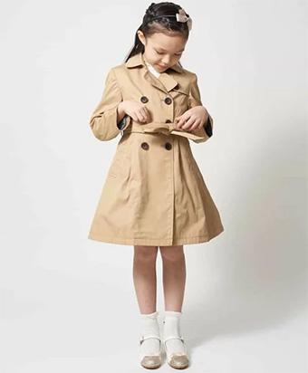 女の子の入学式スーツ・ワンピースおすすめ「アーヴェヴェ」03