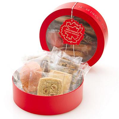 母の日限定のお菓子「サダハルアオキ」