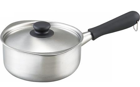 タキマキ愛用「柳宗理の鍋」