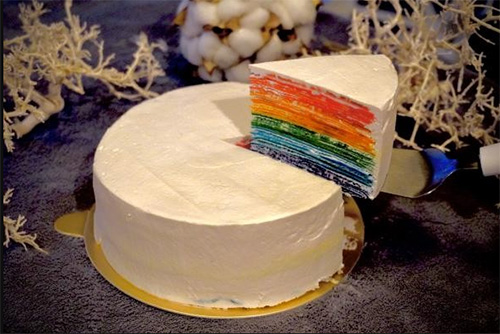 レインボーケーキの通販おすすめ「ミルクレープ」01